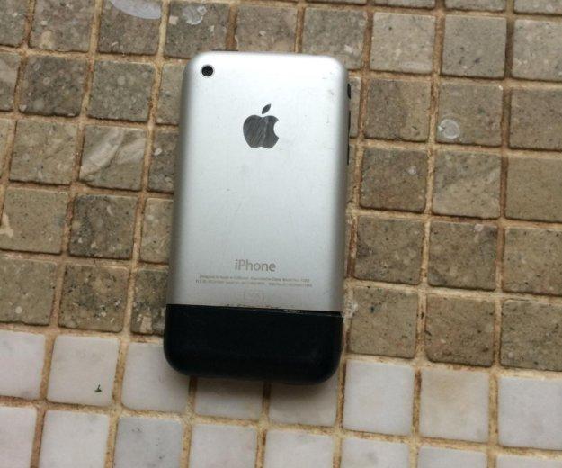 Айфон 2. Фото 2.