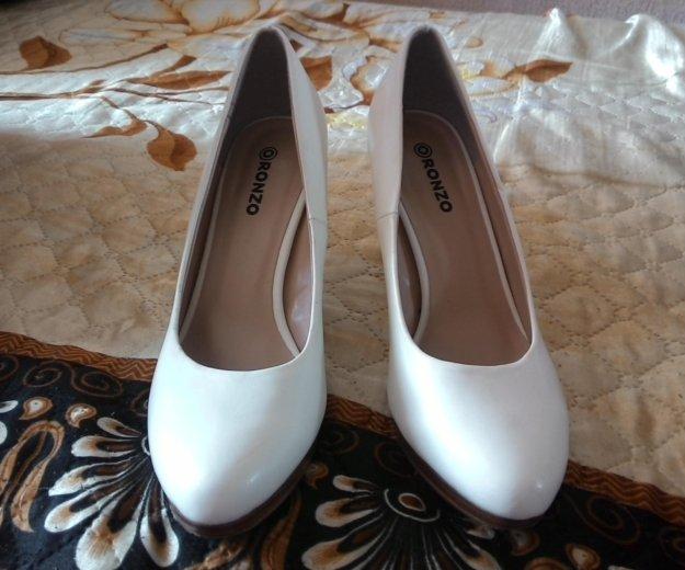 Туфли белые. Фото 2. Красноярск.