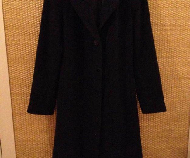 Пальто (размер м). Фото 1. Москва.