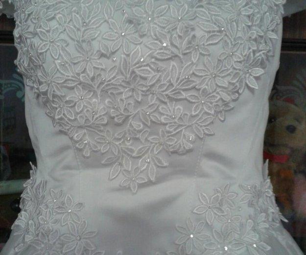 Платье свадебное р 46-50. Фото 1. Тольятти.