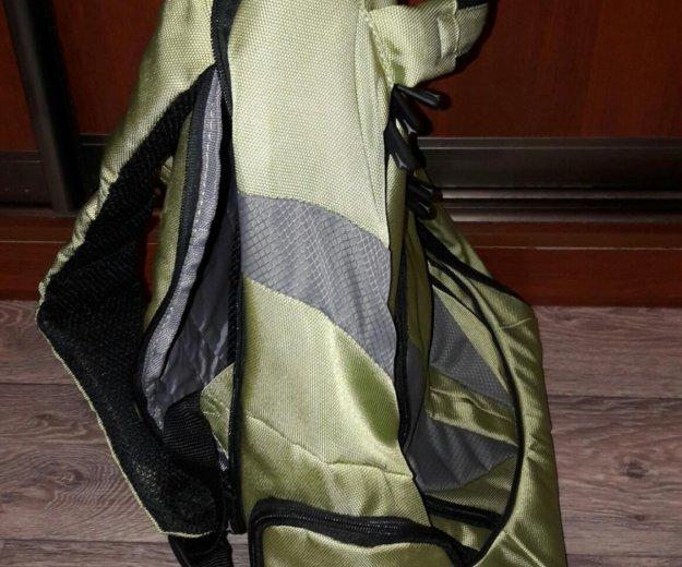 Рюкзак на колёсах. Фото 1. Москва.