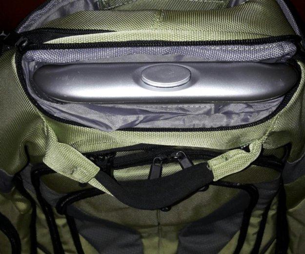 Рюкзак на колёсах. Фото 3. Москва.