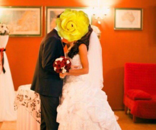 Шикарное свадебное платье. Фото 4. Темрюк.