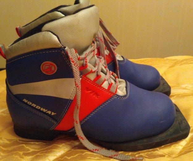 Детские лыжные ботинки, 35 р. Фото 1. Санкт-Петербург.