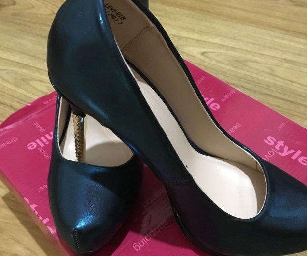 Туфли женские 38. Фото 1. Сочи.