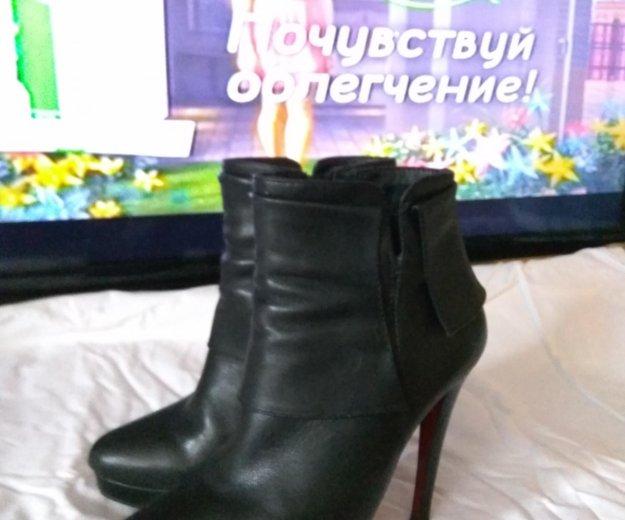 Ботильоны из натуральной кожи на высокой шпильке. Фото 2. Москва.