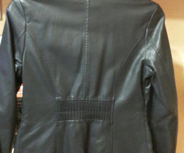 Кожаная куртка (эко кожа) женская. Фото 1. Москва.