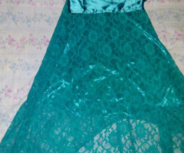 Гипюровое платье со шлейфом. Фото 1. Зверево.