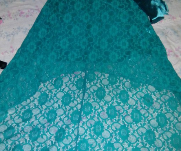 Гипюровое платье со шлейфом. Фото 2. Зверево.