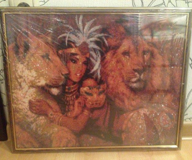 Картина стразами. клеопатра со львами. Фото 2. Котельники.