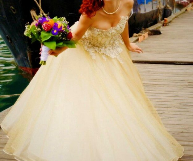 Золотое свадебное платье. Фото 3. Севастополь.