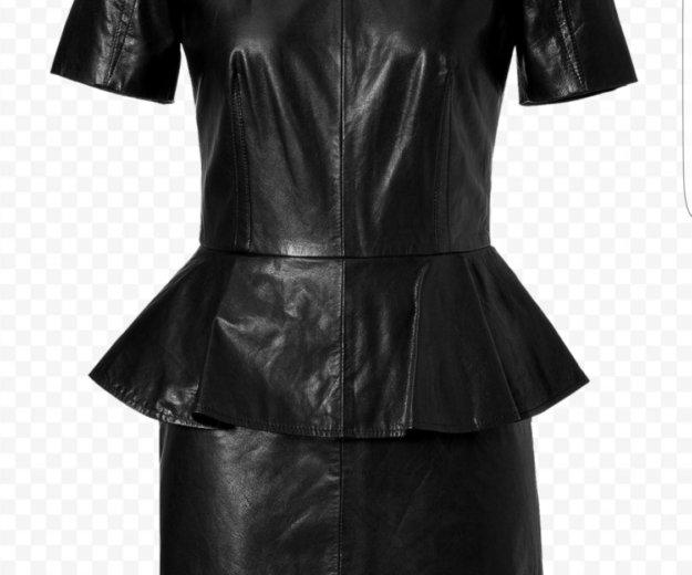 Женское платье alexander mcqueen. Фото 2.