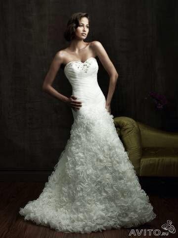 Свадебное платье со шлейфом. Фото 1. Санкт-Петербург.