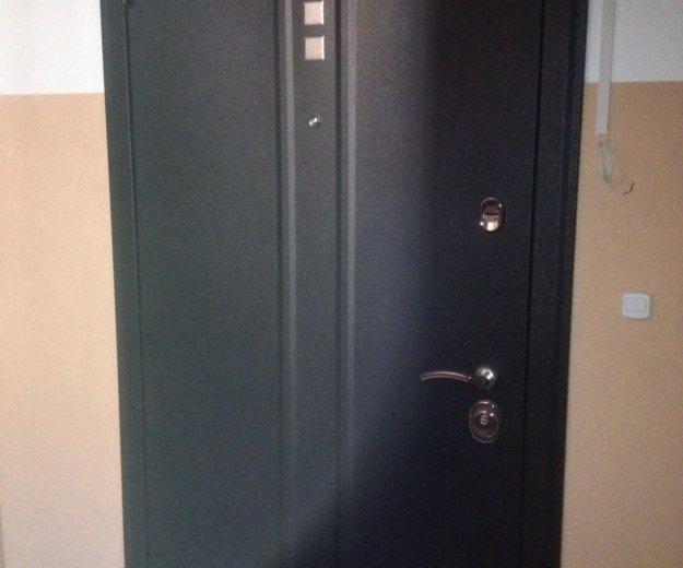 Входная дверь теплодар.. Фото 1. Калининград.