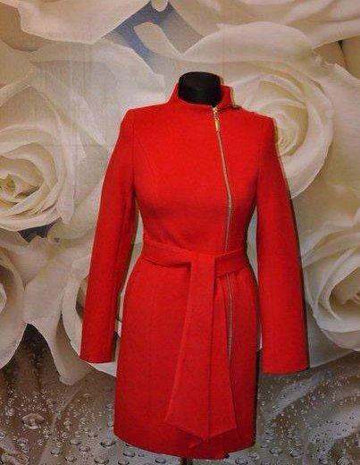 Распродаю новые осенние пальто. закрыл магазин. Фото 2. Санкт-Петербург.