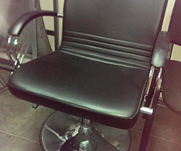 Рабочее место парикмахера. Фото 3. Одинцово.