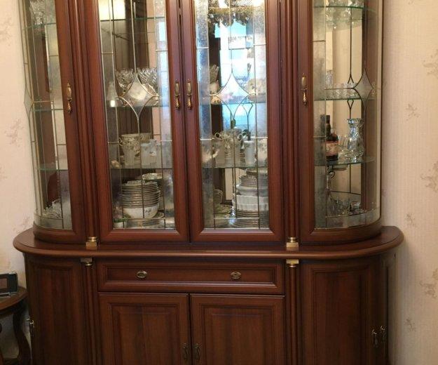 Мебельный гарнитур. Фото 1.