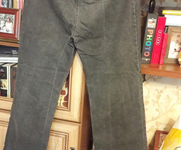 Джинсы,льняные брюки и капри. Фото 2. Санкт-Петербург.
