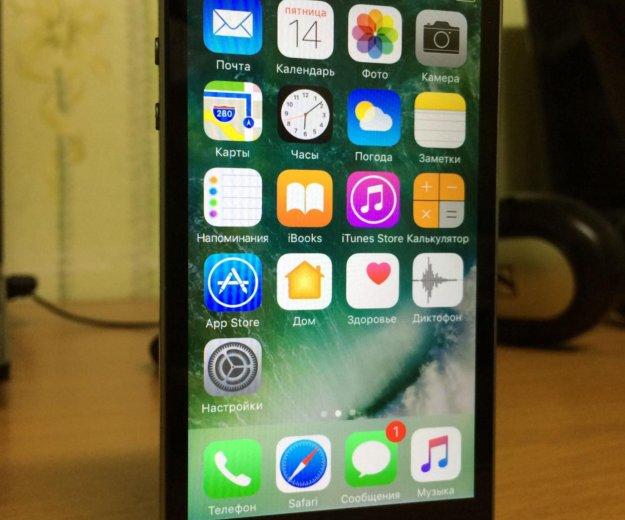 Iphone 5s 16gb space gray (серый) + чехол. Фото 1. Архангельск.
