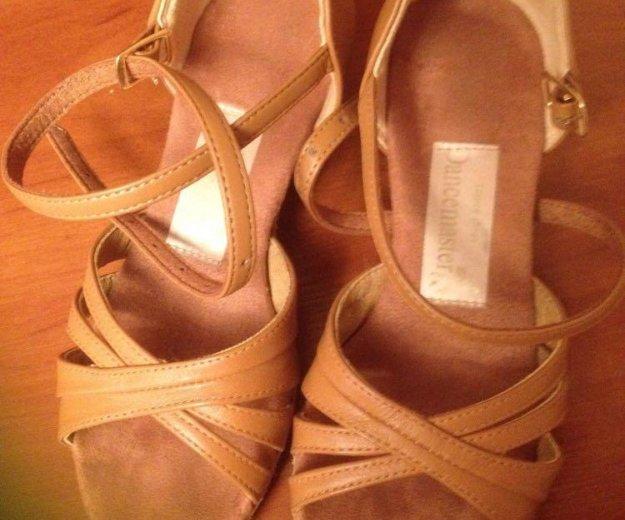 Туфли для бально- спортивных танцев 19 размер. Фото 1. Москва.