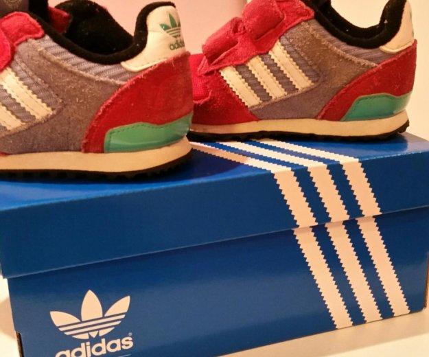 Кроссовки adidas. Фото 2. Волгоград.