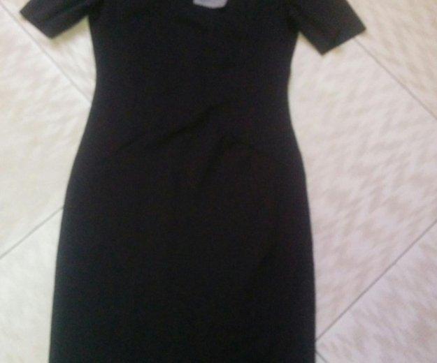 Платье новое, черное, тюльпан. Фото 2. Щербинка.