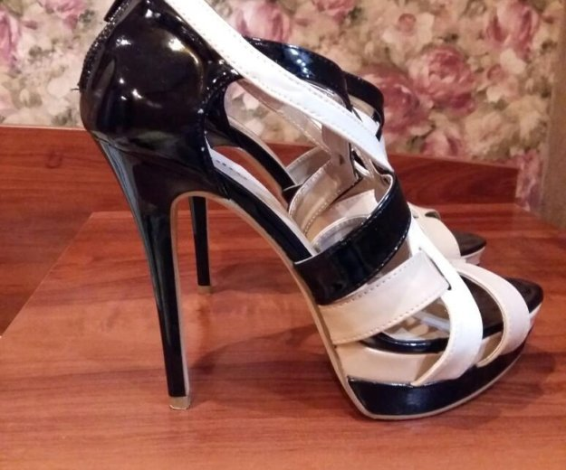 Красивые туфли. Фото 3. Тюмень.