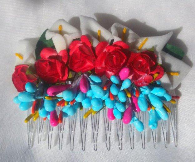 Гребень с цветами для волос. Фото 1.
