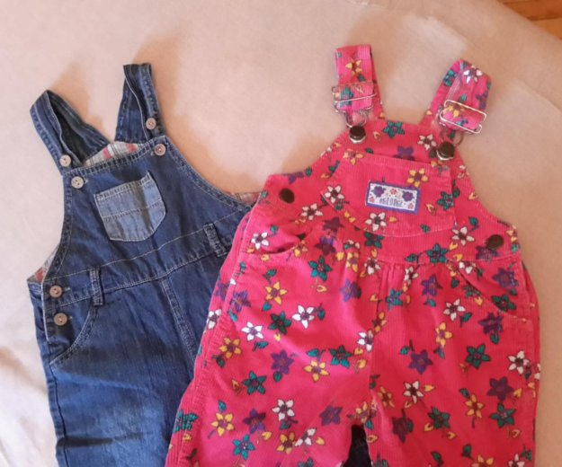 Полукомбинезоны джинсовый и вельветовый.. Фото 1.
