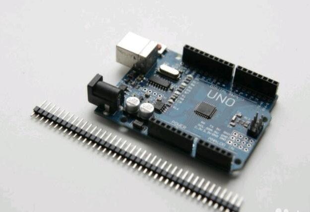 Arduino uno r3 mega328p ch340g. Фото 1.