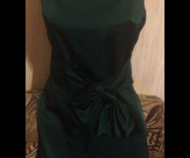 Платье зеленое оригинал robin атласное. Фото 1. Москва.