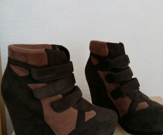 Обувь. Фото 1. Магас.