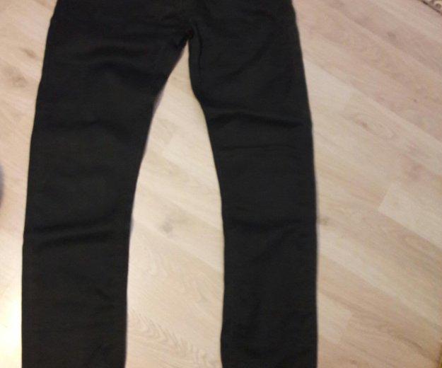 Новые джинсы мужские  zara 38 размера, нет пуговиц. Фото 1.