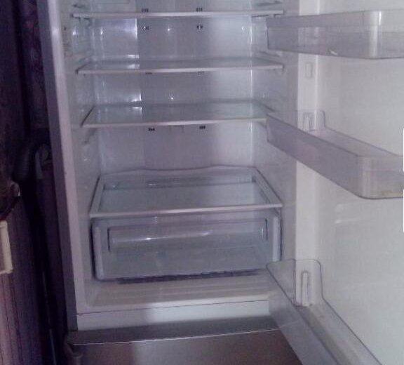 Холодильник самсунг. Фото 1. Выкса.