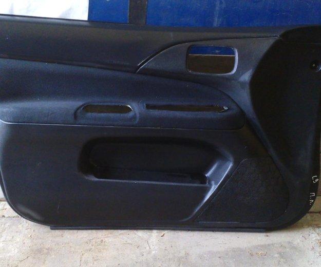 Передние обшивки дверей митсубиси лансер 9. Фото 1. Сыктывкар.