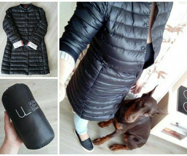 Черное пуховое пальто. Фото 2. Москва.
