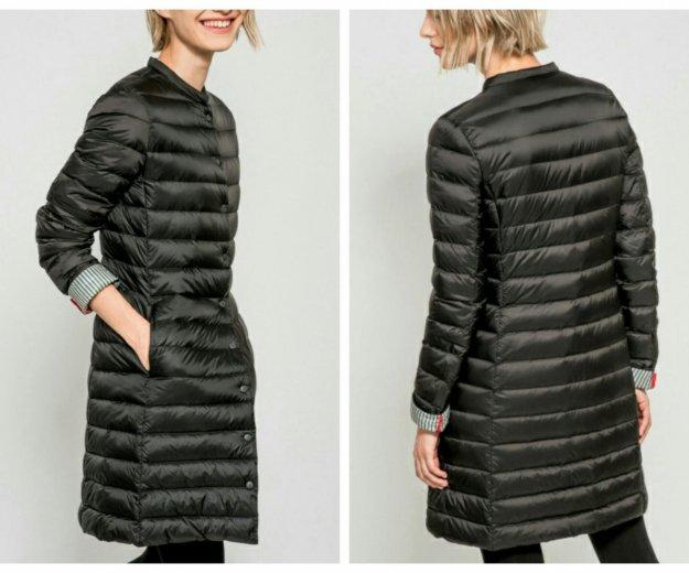 Черное пуховое пальто. Фото 4. Москва.