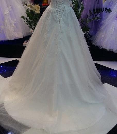 Свадебное платье 40 /44. Фото 2. Чехов.