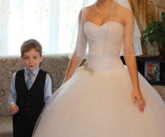 Свадебное платье +подарки. Фото 2. Санкт-Петербург.