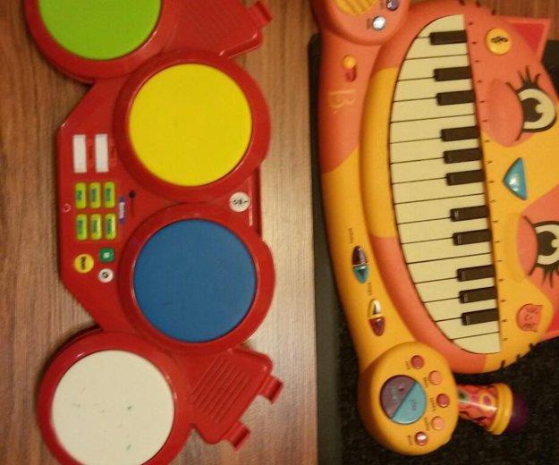 Барабан и пианино. Фото 1.