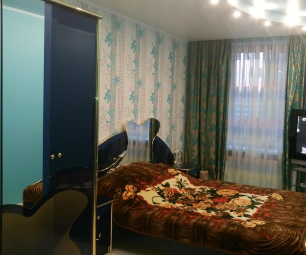 Спальный гарнитур. Фото 1.
