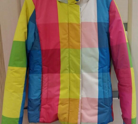 Горнолыжеая куртка. Фото 1.