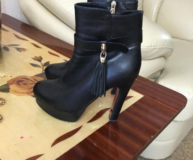 Обувь. Фото 2. Сочи.