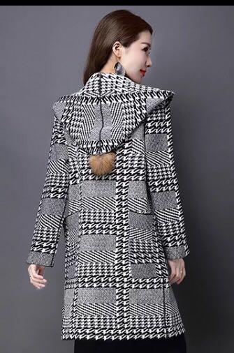Трикотажное пальто с капюшоном на 48-50. Фото 2. Москва.