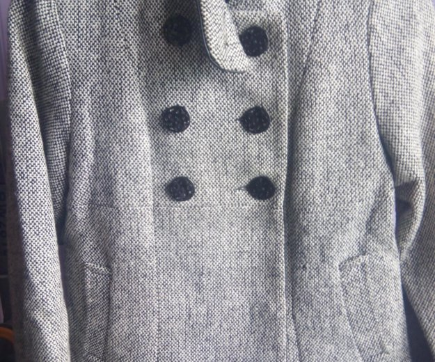 Пальто на девочку. Фото 1. Москва.