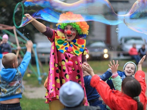 Красочный детский праздник с задорными аниматорами. Фото 2. Подольск.