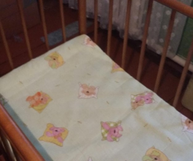 Кроватка.матрас.бортики. Фото 3.