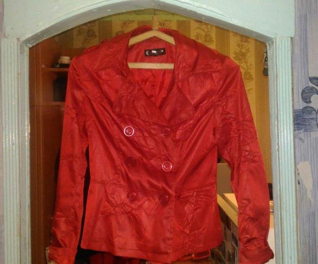 Куртка,ветровка. Фото 1. Волжский.