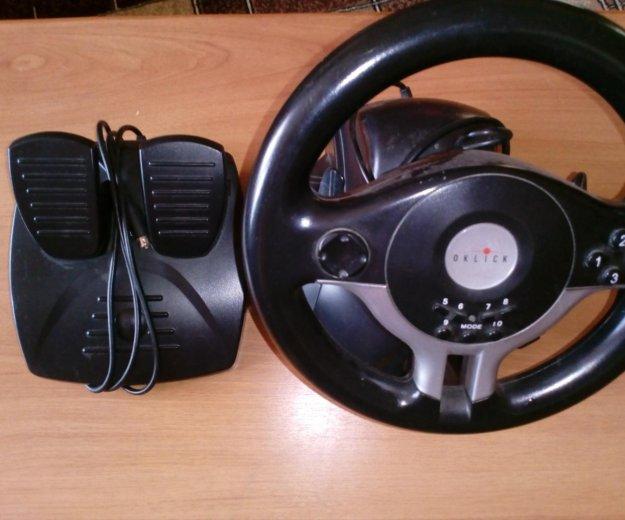 Игровой руль. Фото 1.