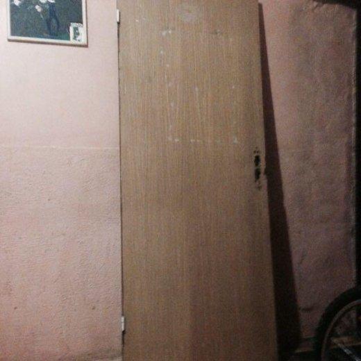 Дверь дубовая б/у. Фото 1. Санкт-Петербург.